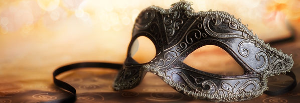venetian mask with golden background_edi