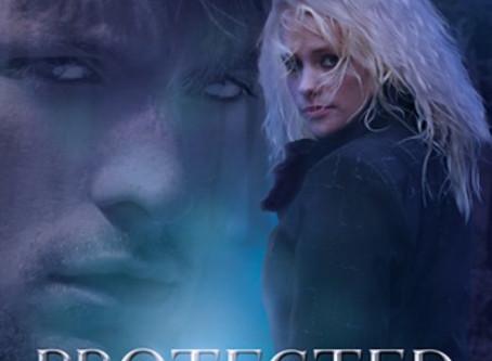 Protected (Ariya Adams #1) Review  ✒️✒️✒️✒️