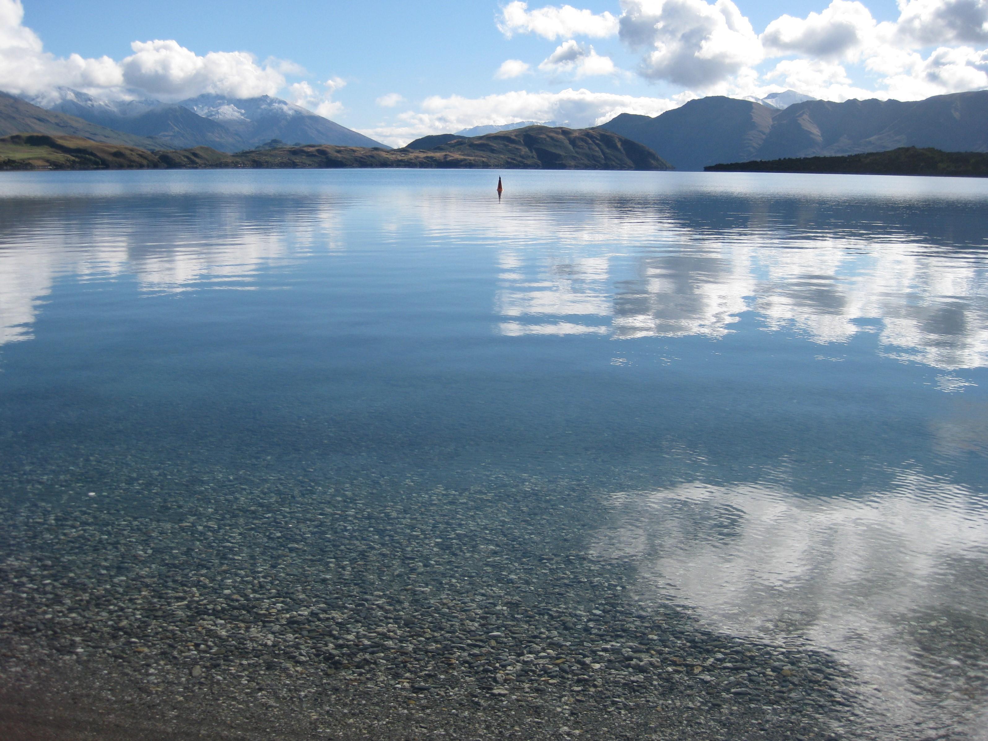 Lakes Wanaka still LS