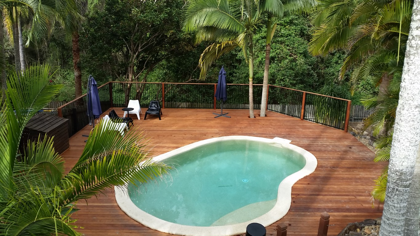 Pool Decking Gold Coast