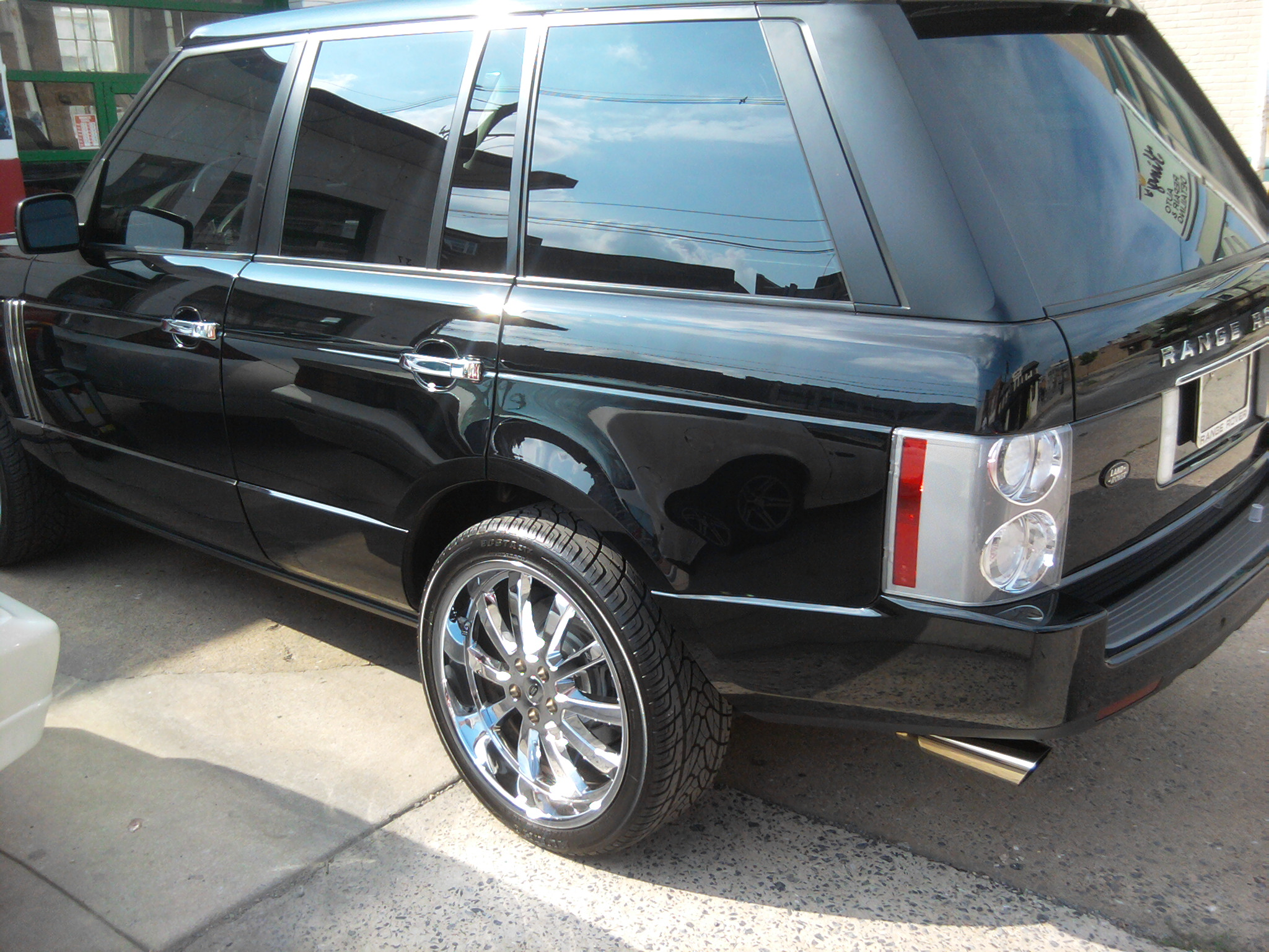 Range Rover Done By Antonio Details