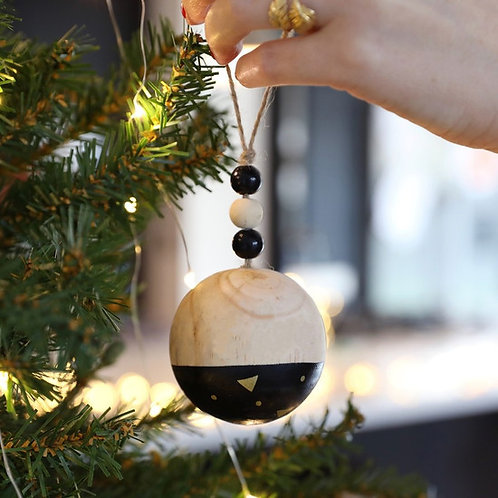 Dipped Wooden Bauble | Black
