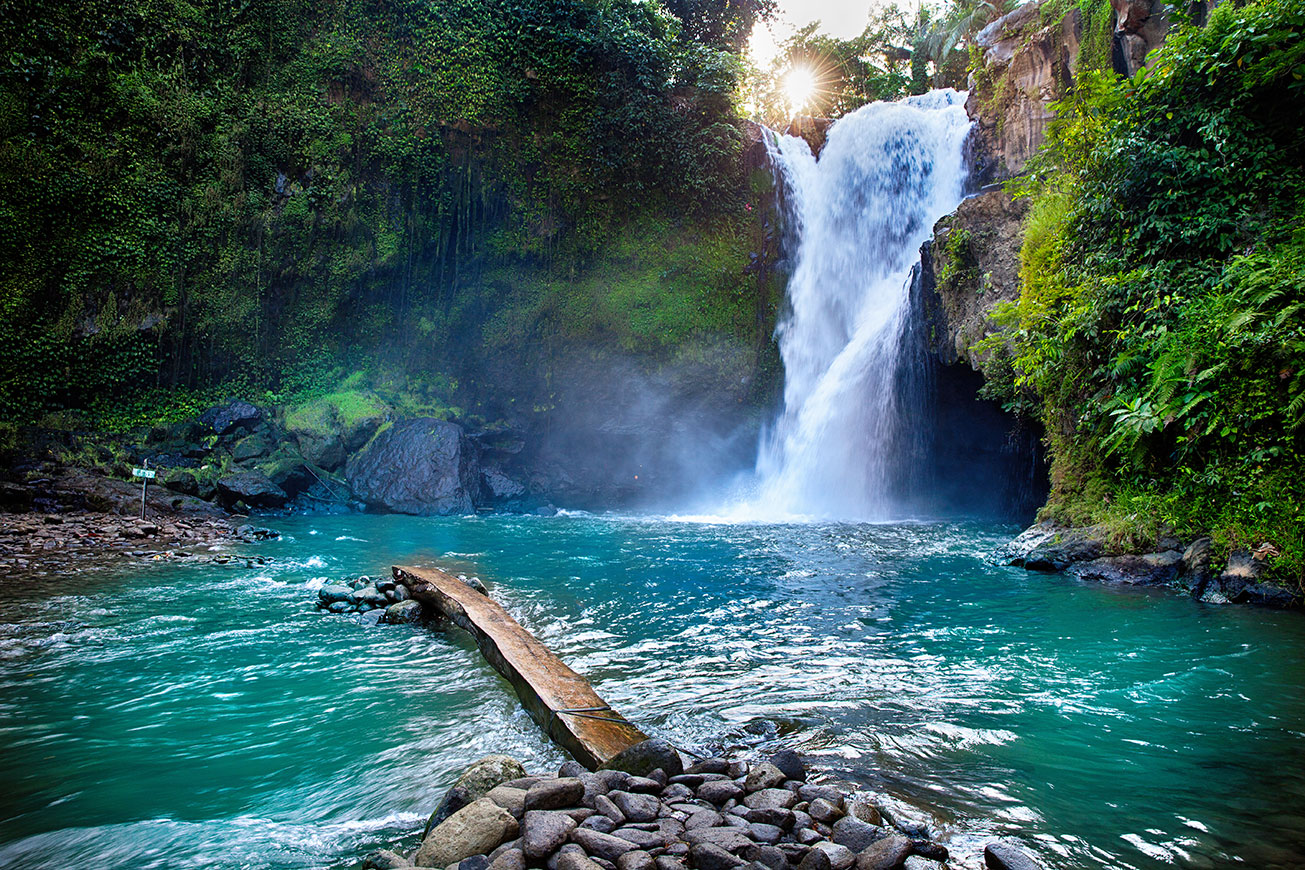 Tegenungan-Waterfall-in-Bali-Indonesia