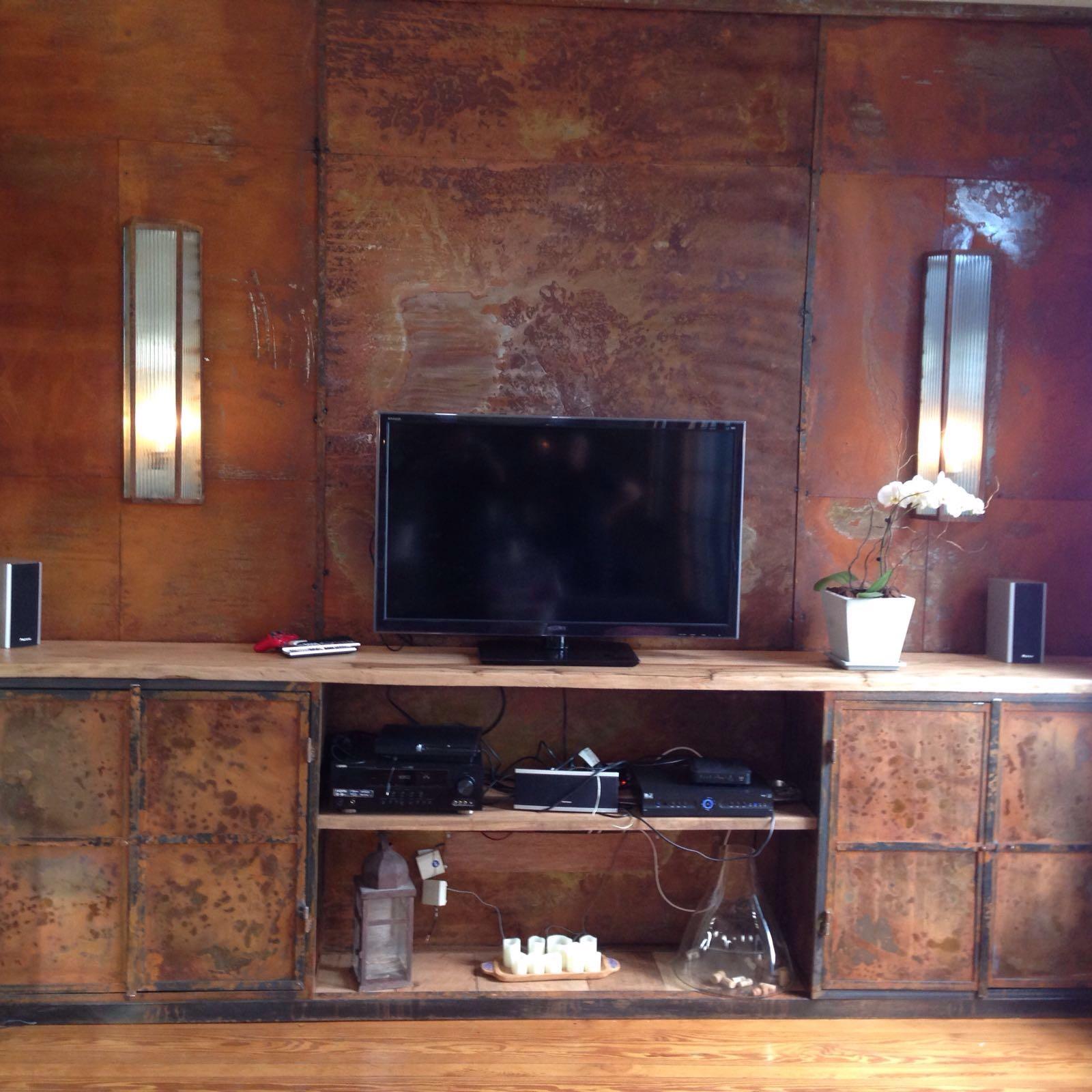 Mueble de Tv y revestimiento hierro