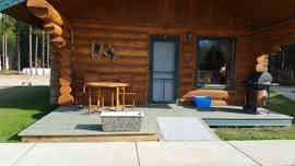 Log cabin at valemount twin peaks