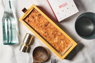 伴手禮好選!@YANNICK 亞尼克起司磚。帕達諾起司 x 重乳酪蛋糕新組合!