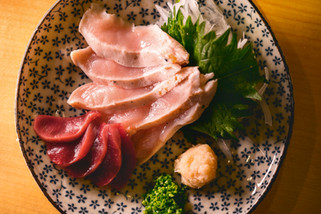 【廚人嚴選!】台北天母@鳥哲 > 一期一會,三個男人的東京食聚,美味極了!(燒鳥哲學 / 日本料理 / 桂丁雞 / 串燒)