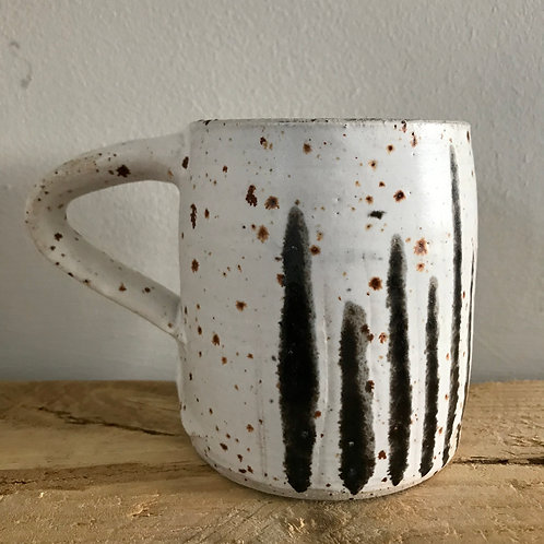 Cup with lines design by Nicola Gillis