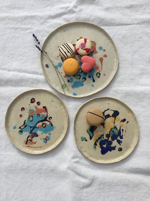 Stoneware Flat Plates by Jenny Wightwick