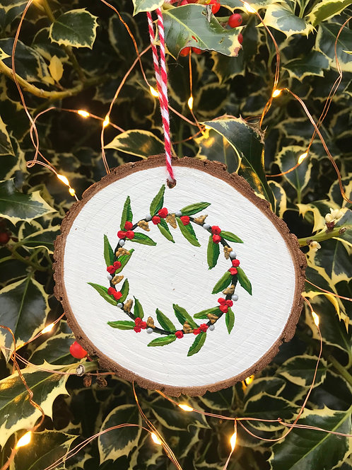 Wreath wood slice by Emily Grocott