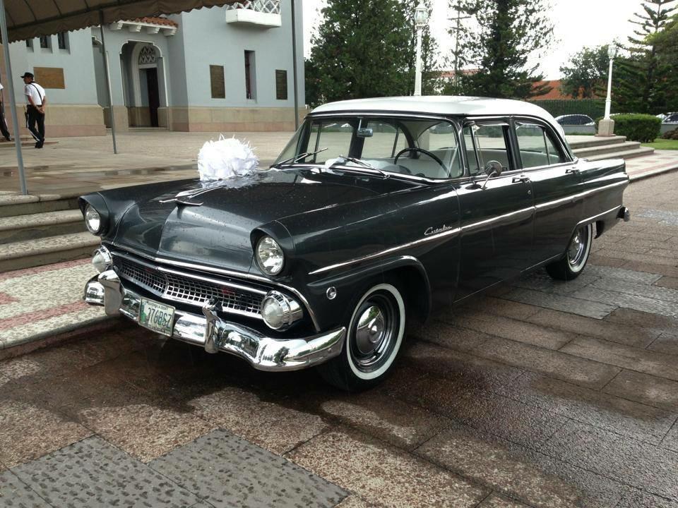 Ford Customline 1948