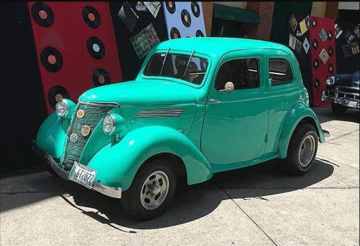 Renta de autos clásicos en Guatemala
