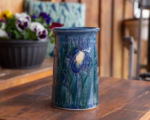 Thin vase