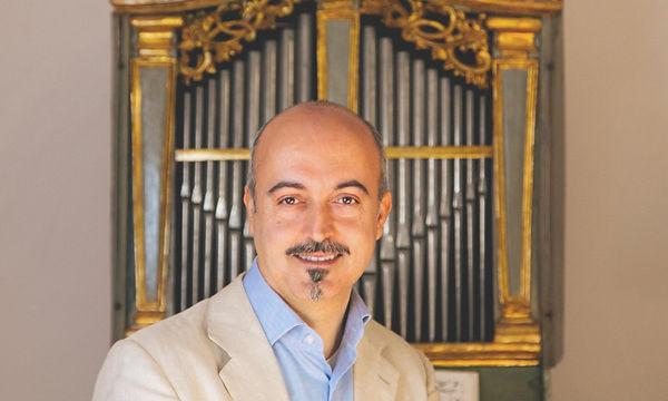 Francesco Cera-Ritratto-con-organo.jpg