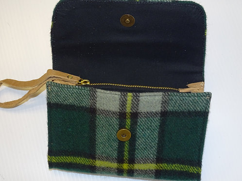 Cape Breton or Nova Scotia Nova Scotia Tartan Deluxe Wool Laurel Clutch Purse