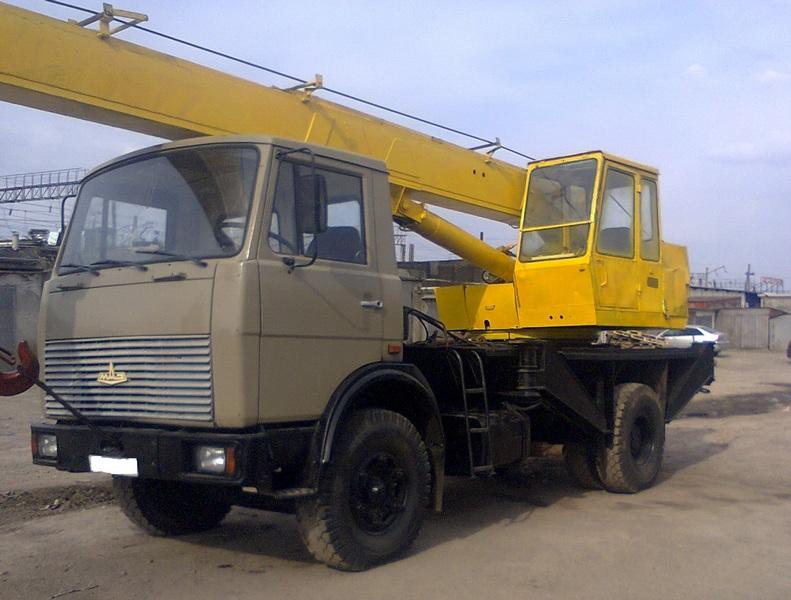 Автокран (Маз) 14 тонн-3500 руб./ч