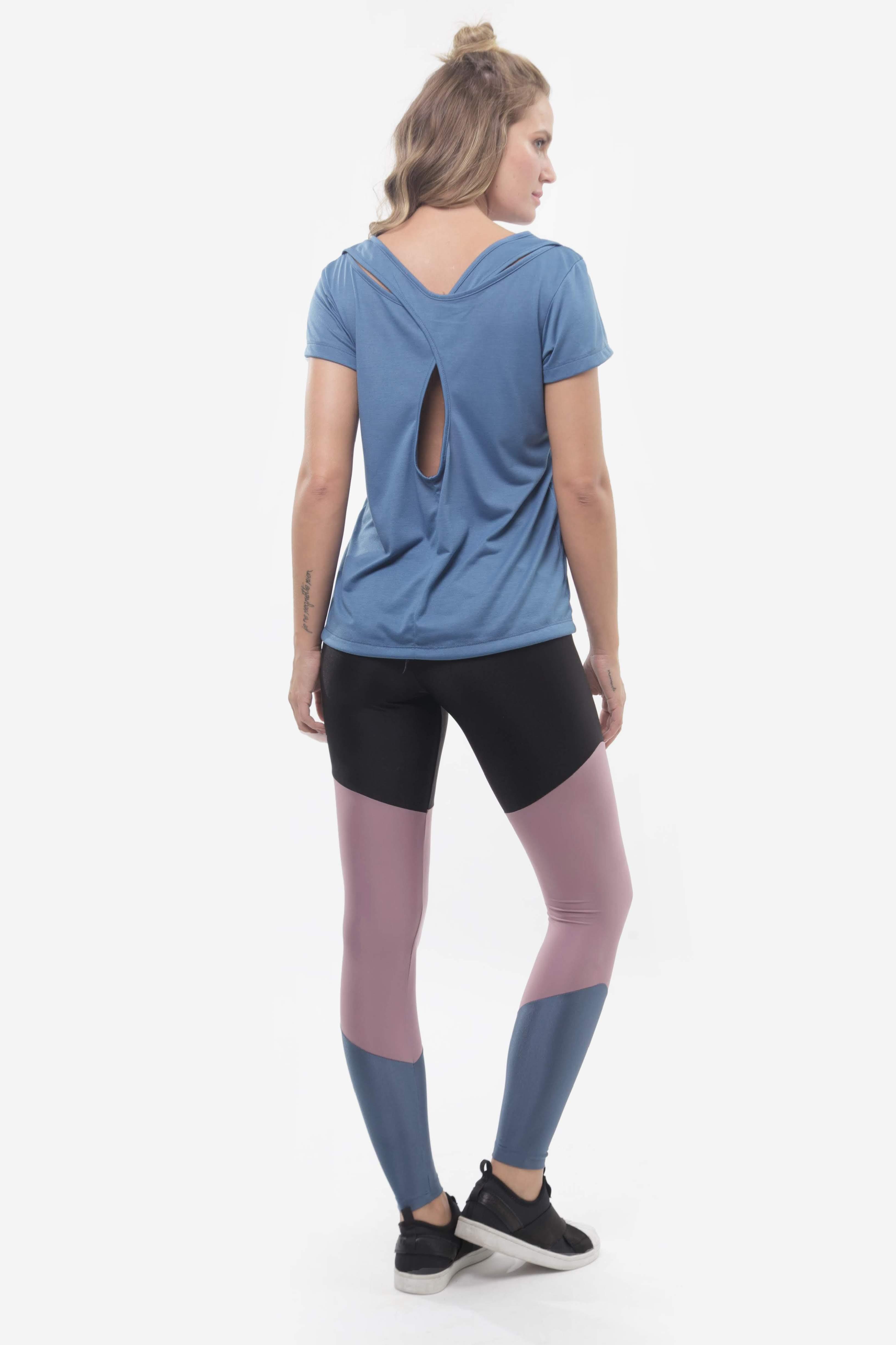Tshirt Noronha e Legging Melrose