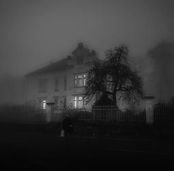 house-1901147_1920_edited.jpg