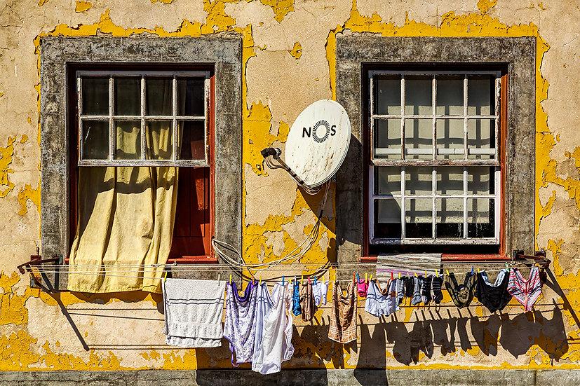Porto Neighborhood - Frederick Ross