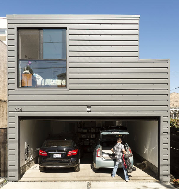 Example of laneway house