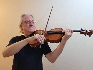 Rob Radmer viola.jpg