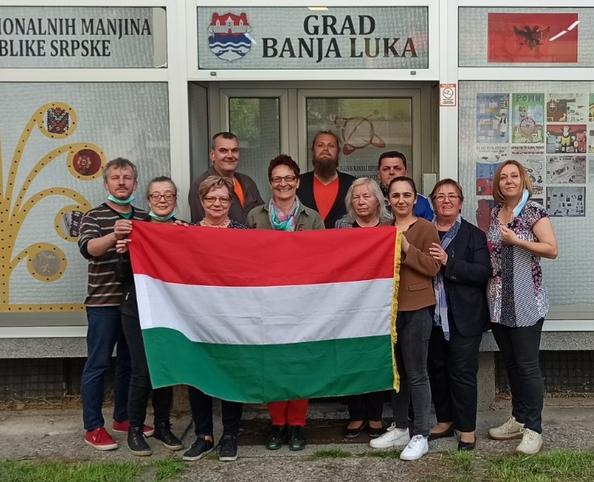 Véget ért a 7. magyar nyelvtanfolyam – búcsú est Fekete Tamástól / Završen je 7. kurs mađarskog je