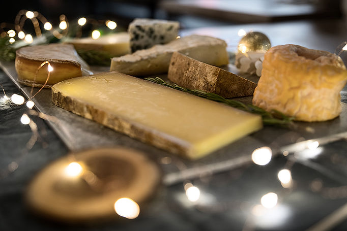 Digital christmas cheese party