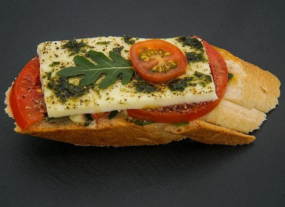 Tomaten Mozzarella Brötchen A,C,G,M