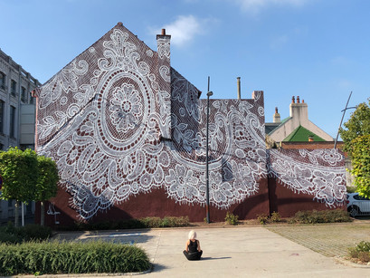 Encaje y arte urbano: Nespoon.