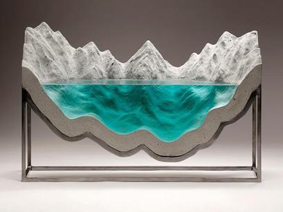 Los océanos escultóricos de Ben Young.
