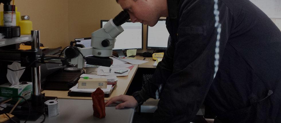 1-Research-Development-Hero-Microscope-o