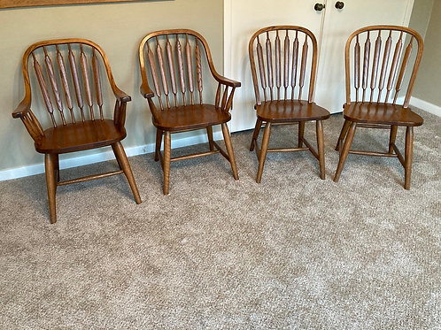 Four oak modern dinette chairs all like new