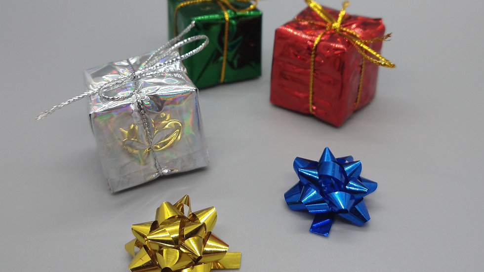 Elf-Sized Presents and Bows