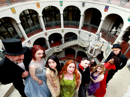 Posh Goths escape to Mission Inn