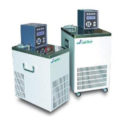 Baños termostáticos  refrigerados con circulación marca LabTech LCB-R20