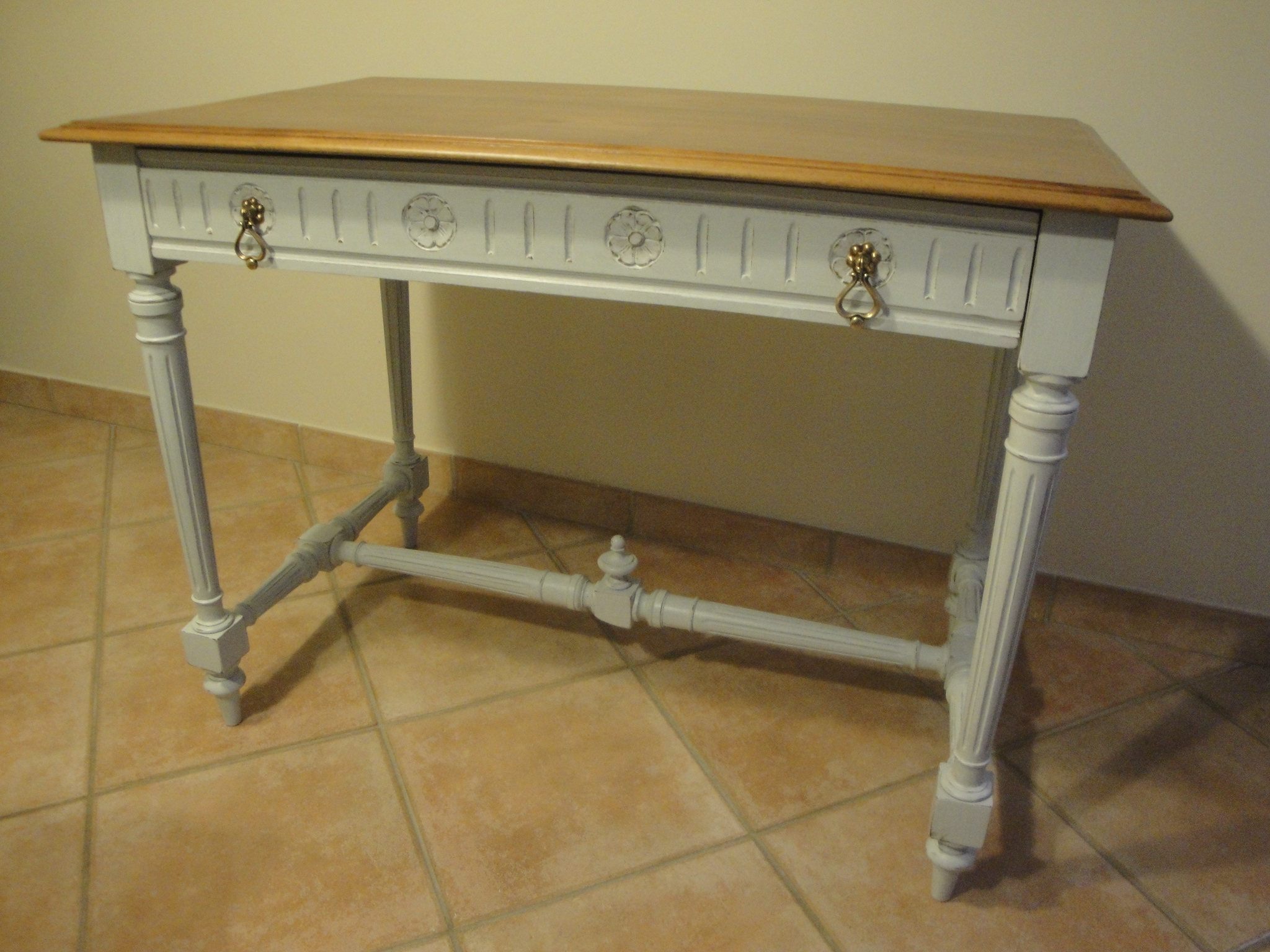 Table /bureau
