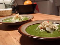 Green curry peanut noodle soup