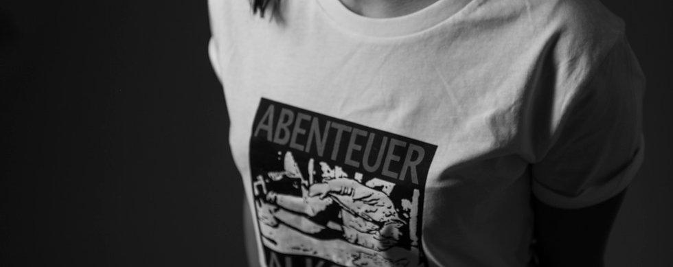 Abenteuer Alkohol Shirt