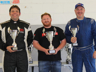 FIVE DIFFERENT CLASS A GOLDS AT SILVERSTONE