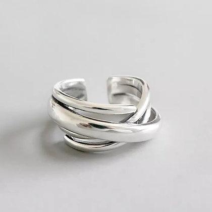 Statement - Intertwine Ring