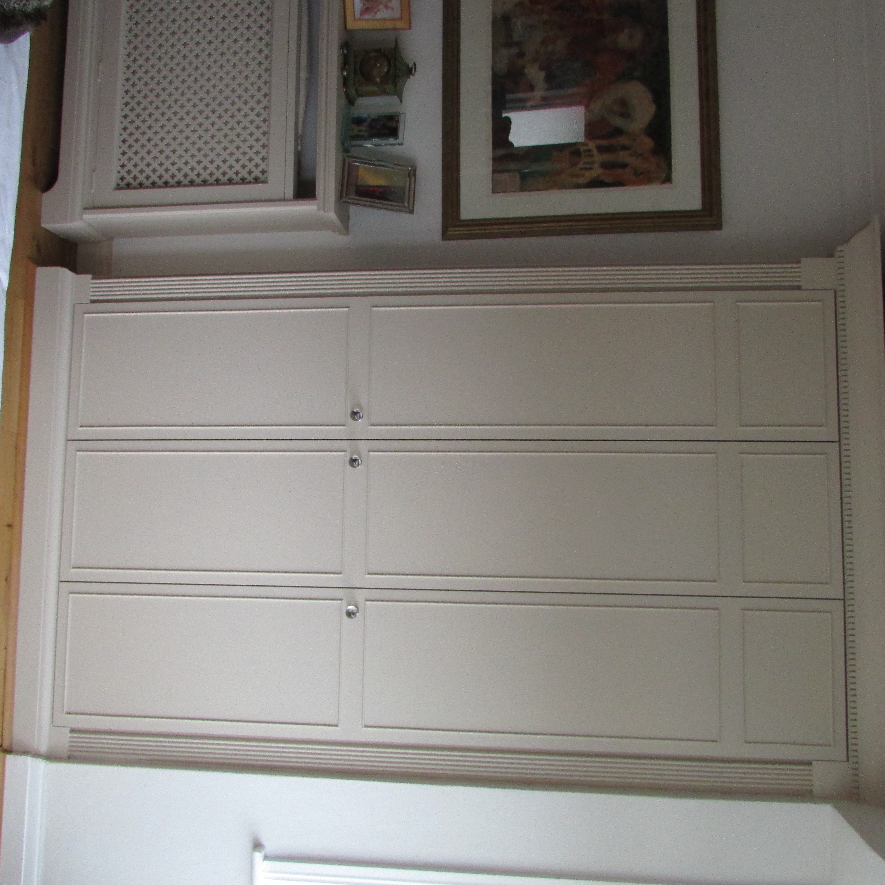 fitted alcove storage