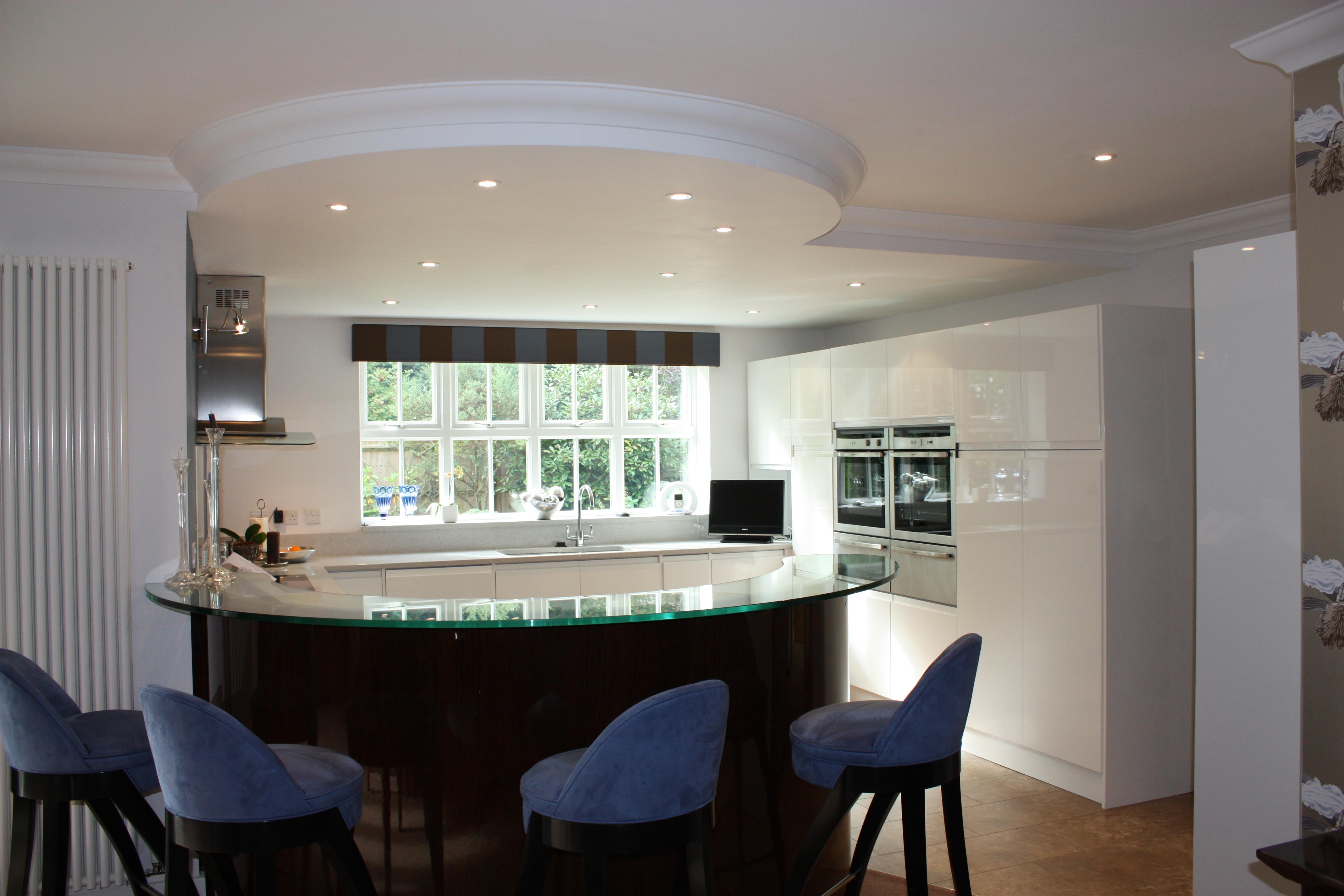 oval kitchen island