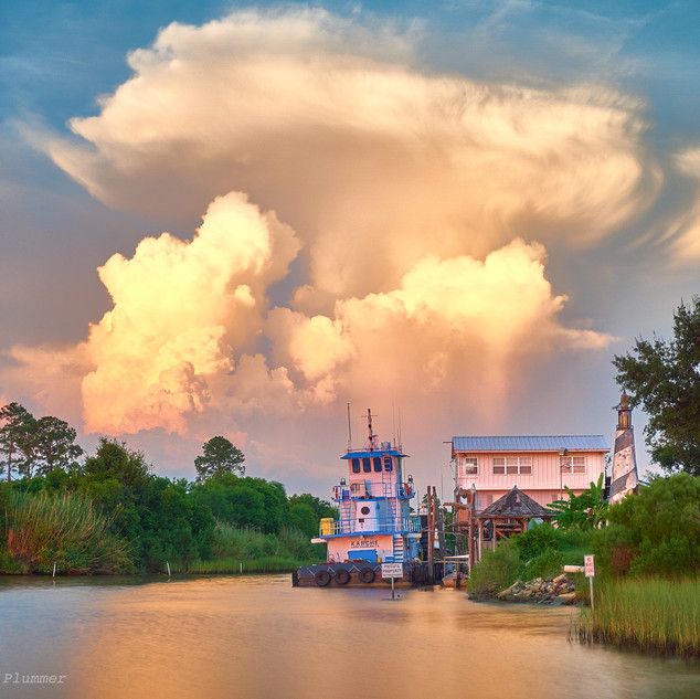 Tug Karche and cloud