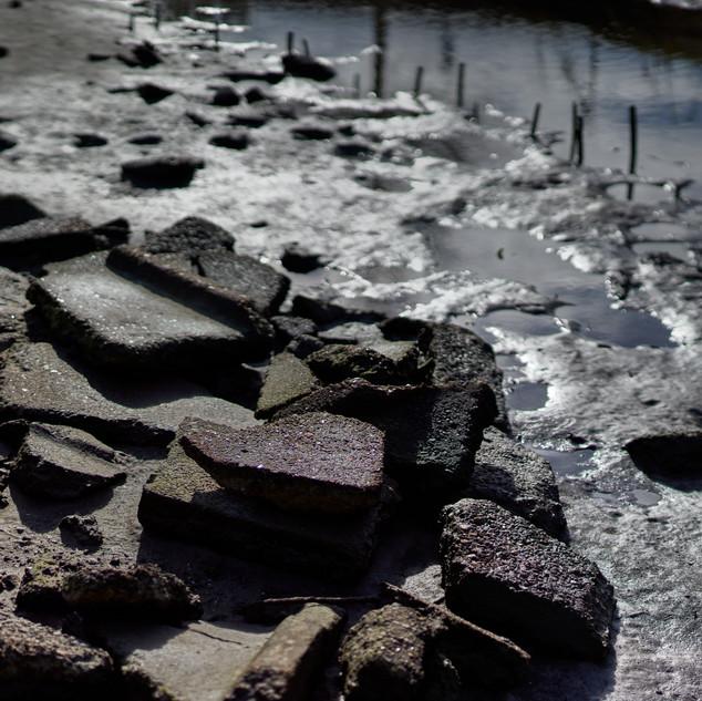 Low tide concrete