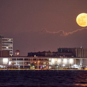 Civic Center moonrise 3 May 2021