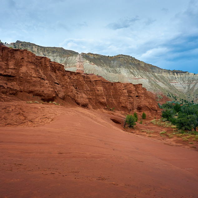 Cloudy day, red rock, Kodachrome Basin State Park, Utah