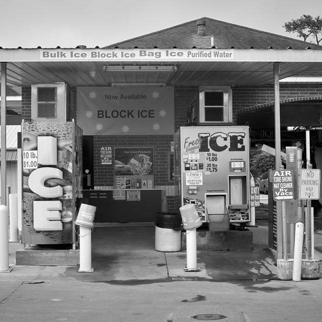 Ice vending machines, Brookshire Brothers, Lake Charles