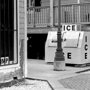 Ice machine and bait store, Calcasieu Point Landing