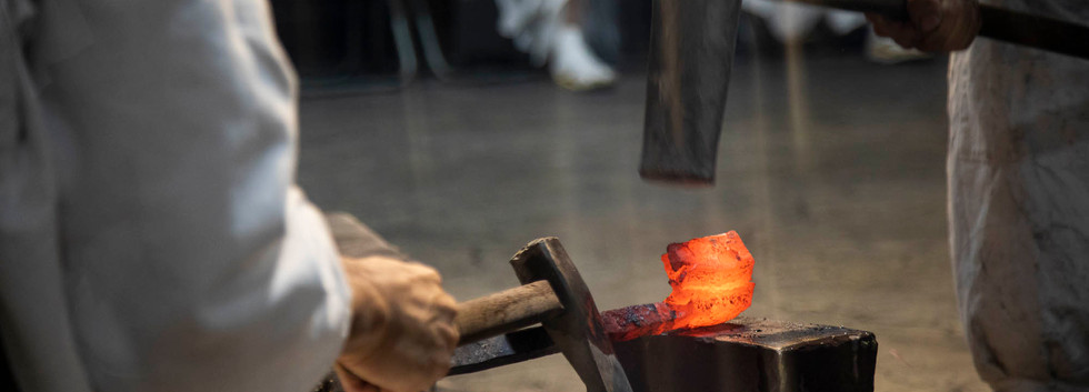 The Making of Damascus Steel (2)