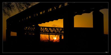 027 monorail sunset-Memphis Photography-